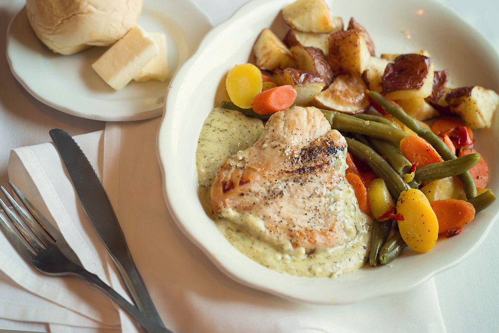 Lake Michigan Hills Chicken Entree