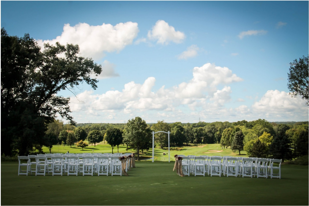 Lake Michigan Hills Outdoor Ceremony
